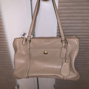 Leather cream Coach Handbag